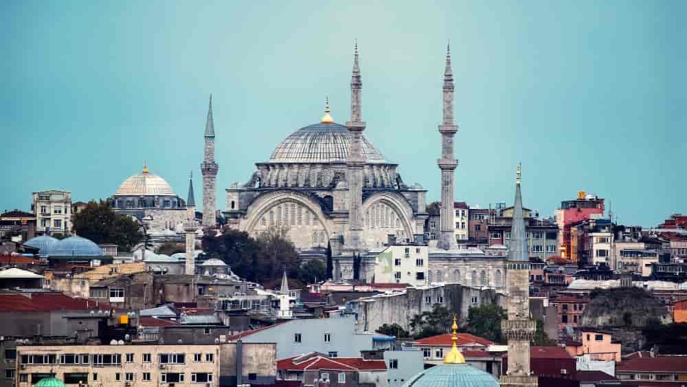 Zašto muslimani spominju ime imperatora Ekbera dok uče ezan Dr. Zakir Naik Odgovori na zablude o islamu Islamsko pravo El-Kelimeh